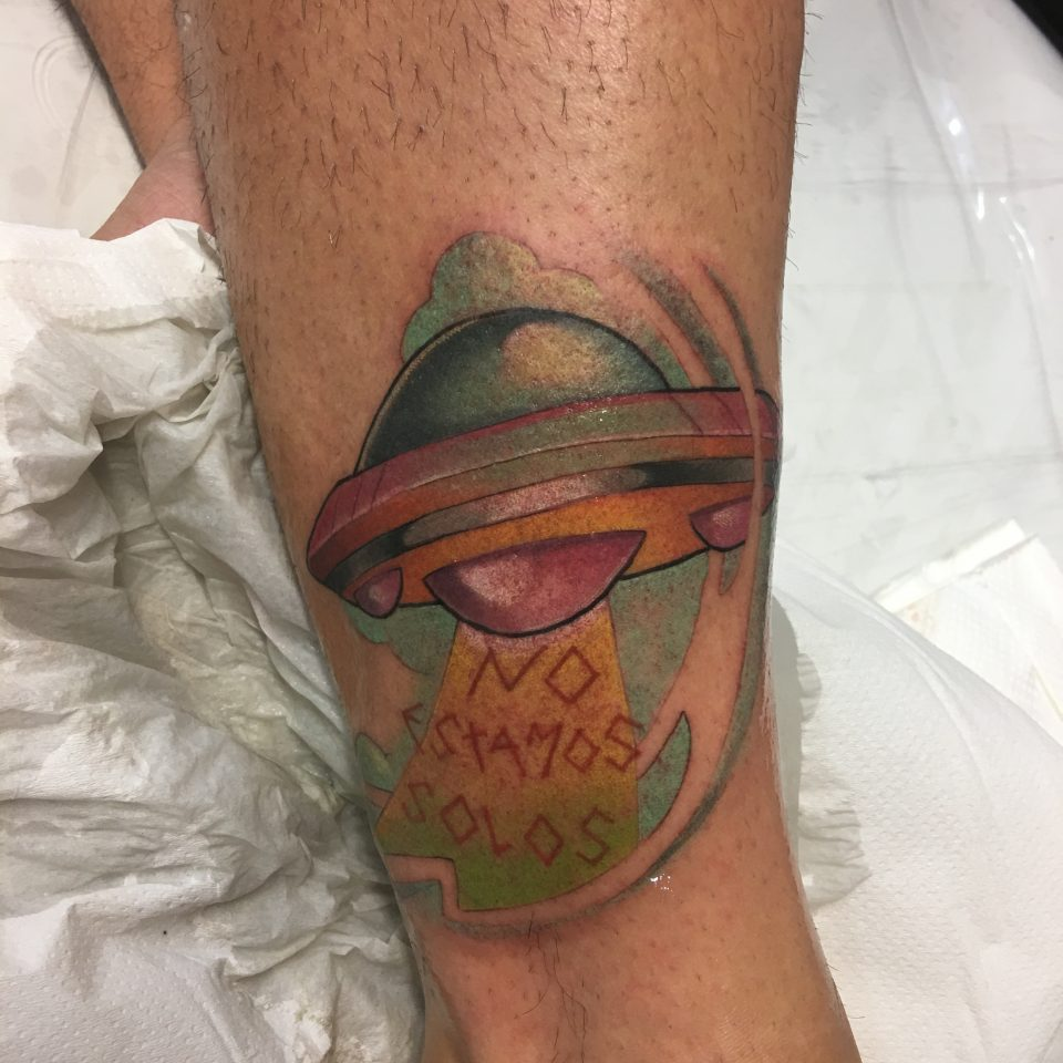 FAMILY ART TATTOO JAVISAE – OVNI LETRAS