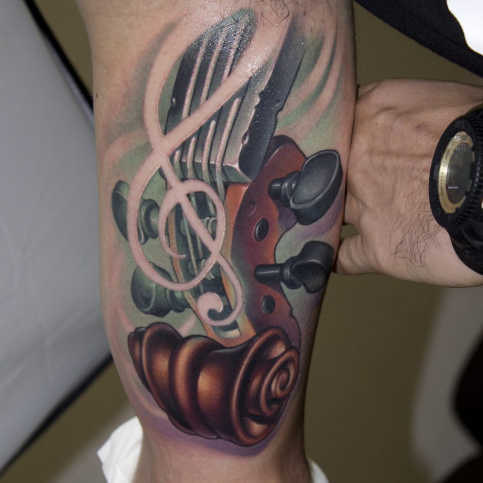 FAMILY ART TATTOO VICTOR CHIL – violinnn